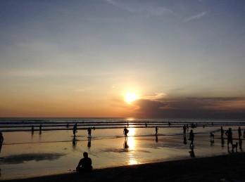 20160428_094914400_ios-kuta-beach