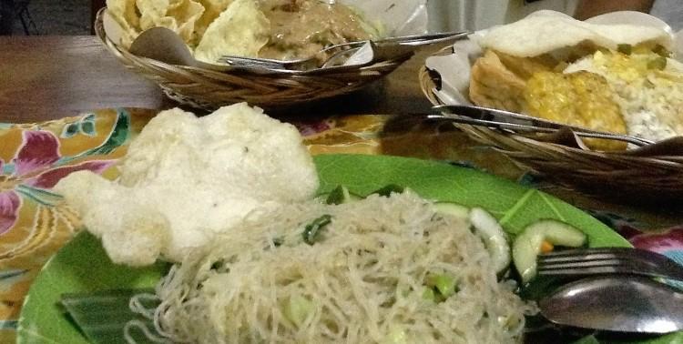 20160429_111059300_ios-kuta-veggie-restaurant