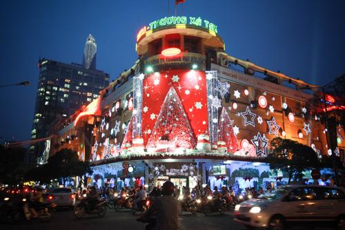Ho Chi Minh Xmas.jpg