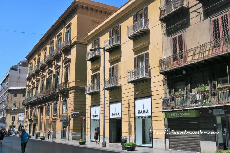 Via Roma 3 Zara