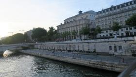 Seine Walk 2