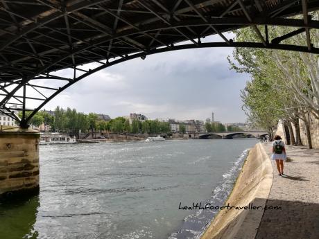 Seine Walk