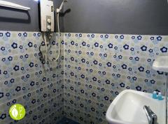 Koh Chang Sea Flower Resort Bungalow bathroom