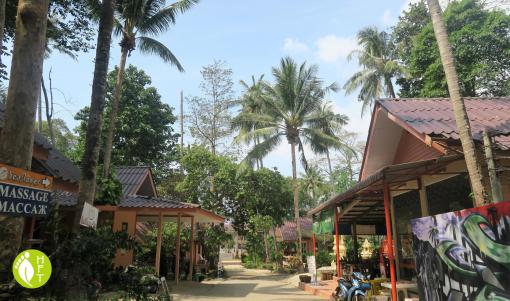 Koh Chang Sea Flower Resort Property outside